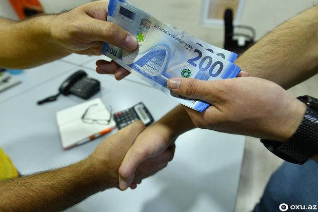 Rüşvət alan vergi müfəttişlərinə cəza verildi - MƏHKƏMƏ