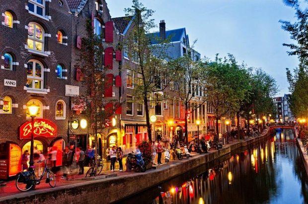 Hollandiyada cinayətkar qıtlığı: Həbsxanalar bağlanır