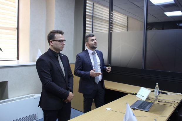 """""""AzInTelecom"""" media nümayəndələrinə bulud texnologiyaları haqqında təlim keçib - FOTO"""