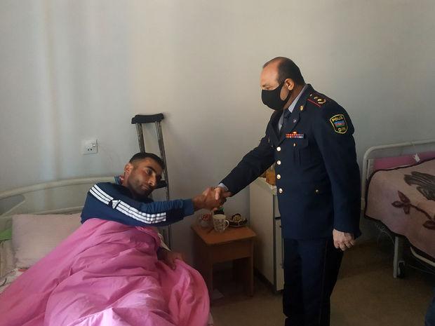 Xaçmaz RPŞ-nin rəisi və şəxsi heyəti yaralı əsgərləri ziyarət ediblər - FOTO