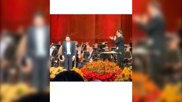 Ermənilərin təxribatı alınmadı: Yusif Eyvazov Böyük Teatrın səhnəsini Plasido Dominqo ilə bölüşdü - VİDEO